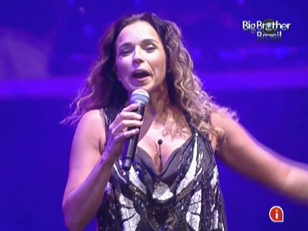 Daniela Mercury se apresenta no