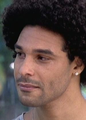 """O ex-BBB Daniel chora no """"Mais Você"""" (21/3/12)"""