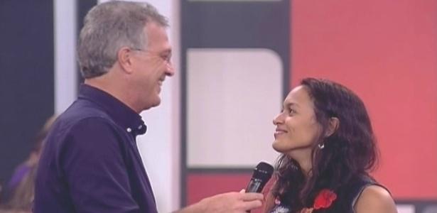 Fora da casa, Marcela conversa com Bial (26/1/10)