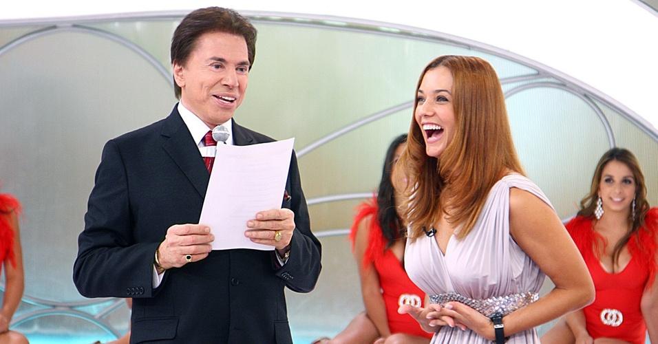 Silvio Santos recebe Mônica Carvalho no programa que vai ao ar no domingo (28/2/10)