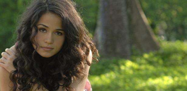http://tv.i.uol.com.br/televisao/2010/03/12/nanda-costa-atriz-em-entrevista-ao-poptevce-marco2010-1268438822540_615x300.jpg