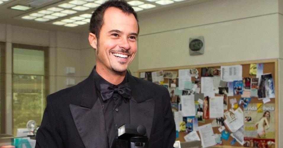 Paulo Vilhena é o fotógrafo Lírio de