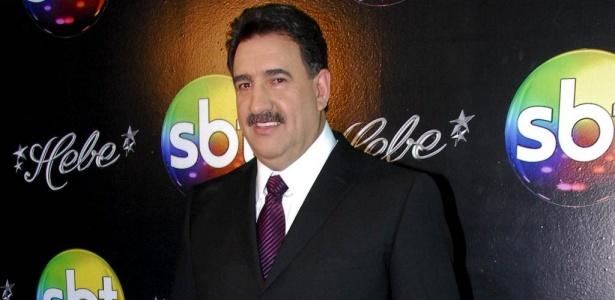 http://tv.i.uol.com.br/televisao/2010/03/22/ratinho-durante-a-festa-no-sbt-para-comemorar-a-volta-de-hebe-8310-1269276313339_615x300.jpg