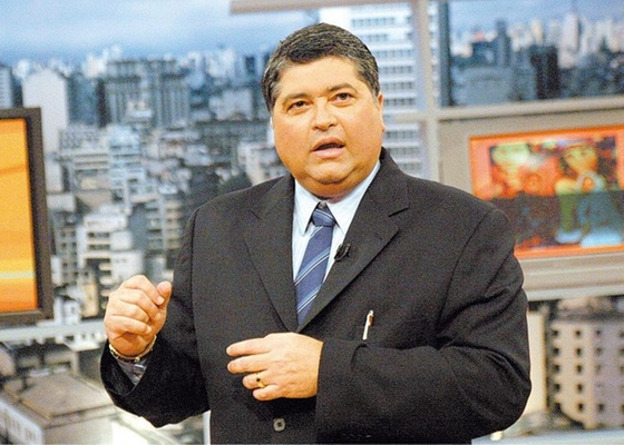 http://tv.i.uol.com.br/televisao/2010/04/02/jose-luiz-datena-jornalista-1270242250386_560x400.jpg