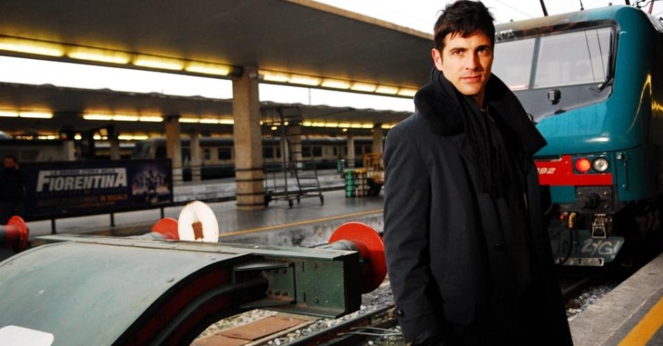 Reynaldo Gianecchini na Estação Ferroviária Maria Novella, na Itália (22/4/10)