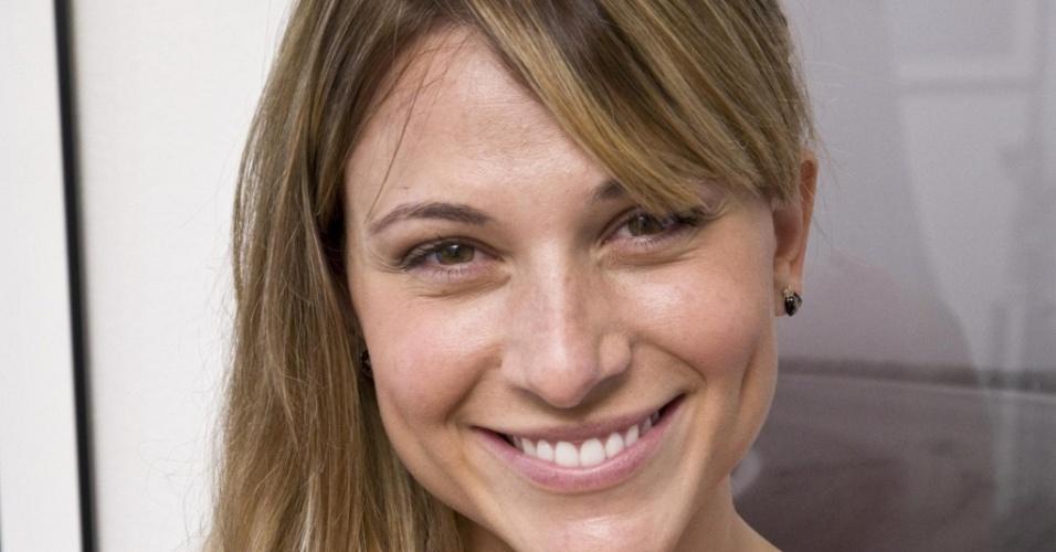 Daniela Freitas Apresentadora E Modelo Brasileira Divulga O Mais