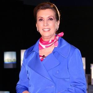 http://tv.i.uol.com.br/televisao/2010/04/28/cris-poli-a-educadora-e-apresentadora-do-supernanny-reality-so-sbt-1272487966113_300x300.jpg
