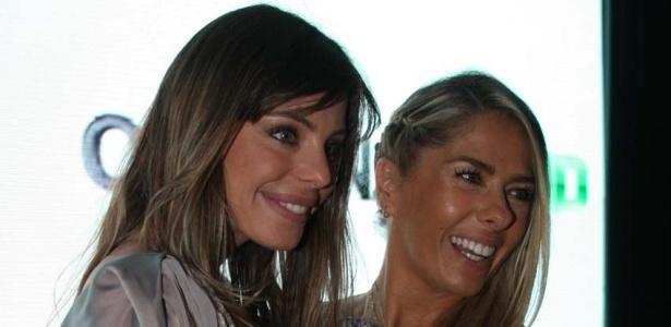 Daniella Cicarelli e Adriane Galisteu em coletiva da Band em São Paulo (28/4/10)