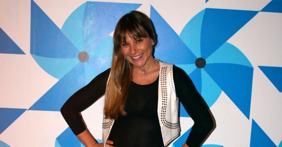 Daniela Freitas Apresentadora Da Coluna Dani Se Do Programa Amaury