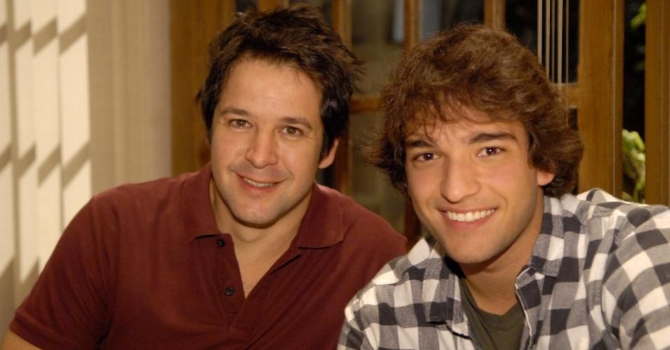 Murilo Benício e Humberto Carrão durante gravação de