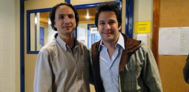 Santiago é o professor de espanhol de Murilo Benício (29/7/10)