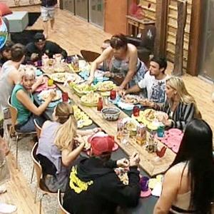 Peões almoçam juntos nesta quarta-feira (29/9/10)