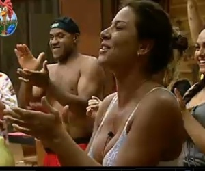 Peões cantam parabéns para Tico (30/9/2010)