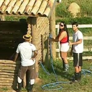 Viola, Melancia e Daniel conversam sobre a noite passada (6/10/10)