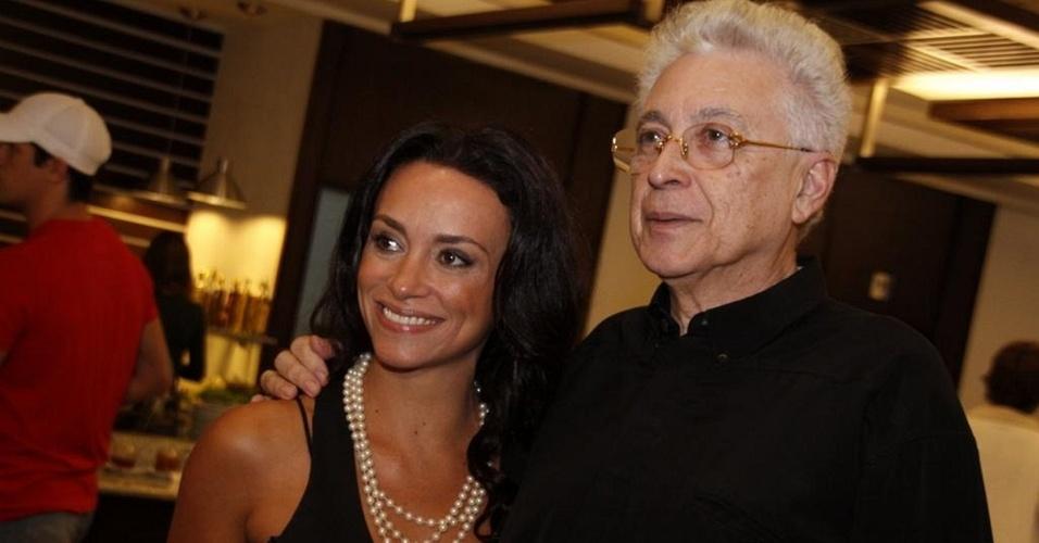 Suzana Pires e Aguinaldo Silva na festa do promoter Glaycon Muniz em uma churrascaria da zona oeste do Rio (21/10/10)