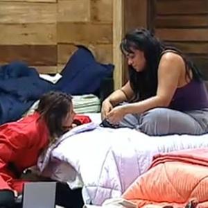 Andressa Soares e Lizzi Benites conversam sobre o assedio dos fãs (27/10/10)