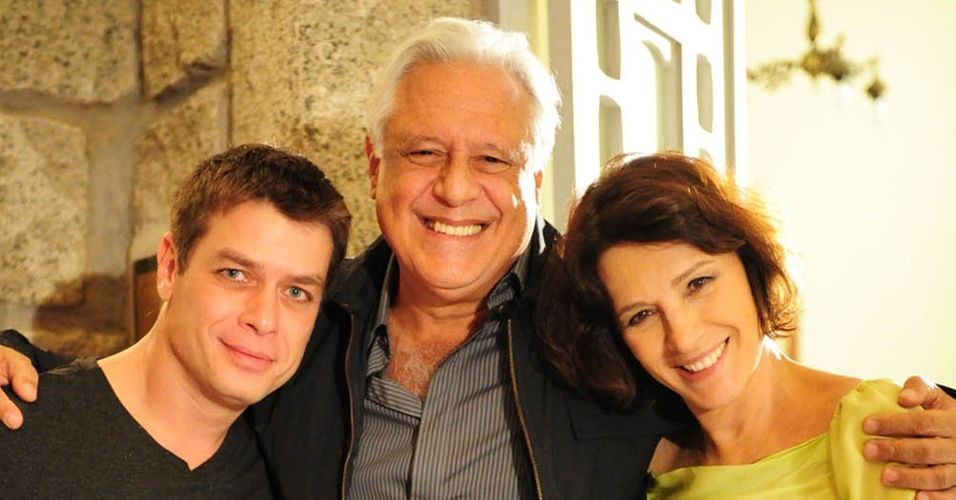 Fábio Assunção, Antônio Fagundes e Natália do Vale durante gravação de