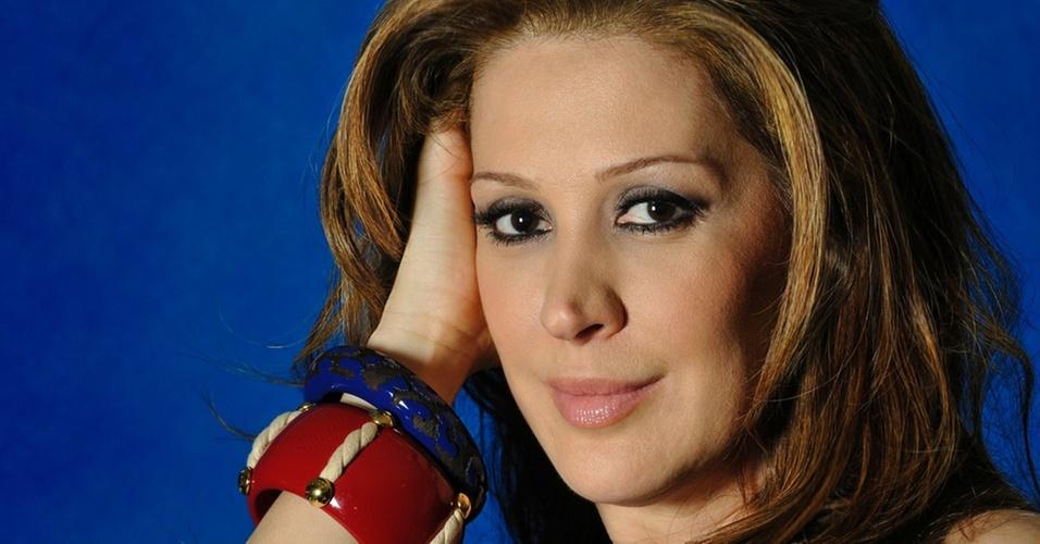 A atriz Cláudia Raia vive a exuberante Jaqueline em