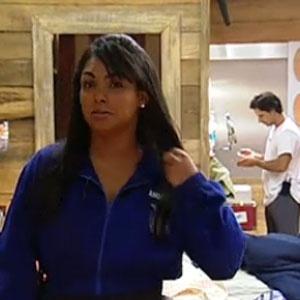 Mulher Melancia brinca com peões antes da prova do Desafio Semanal (31/10/2010)