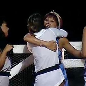 Nany People recebe carinho de Melancia, Lizzi e Ana Carolina (3/11/10)