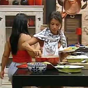 Piu-Piu e Melancia almoçam mais cedo nesta quarta-feira (3)