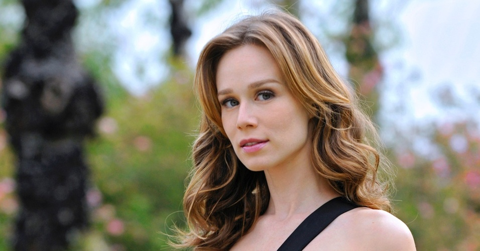 Para a atriz Mariana Ximenes, dar vida a Clara de