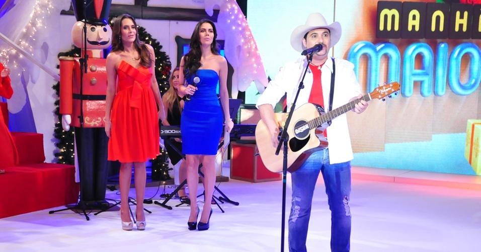 O cantor Edson na gravação do especial de Natal do