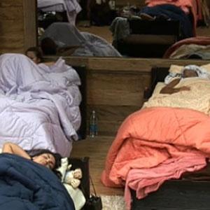 Trnastornados, peões vão dormir cedo depois de Roça que eliminou Carrasco (26/11/2010)