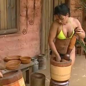 Mulher Melancia prepara paçoca para os peões