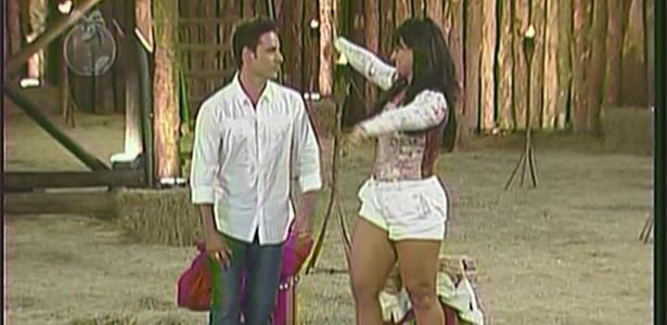 Andressa Soares é eliminada com 72% dos votos do público (2/12/10)