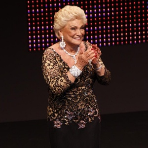 Hebe Camargo é homenageada no Prêmio Extra 2010, no Rio (7/12/10)