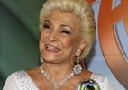 http://tv.i.uol.com.br/televisao/2010/12/11/hebe-camargo-recebe-o-trofeu-mario-lago-uma-homenagem-da-globo-em-gravacao-para-o-domingao-do-faustao-11122010-1292106266650_142x100.jpg