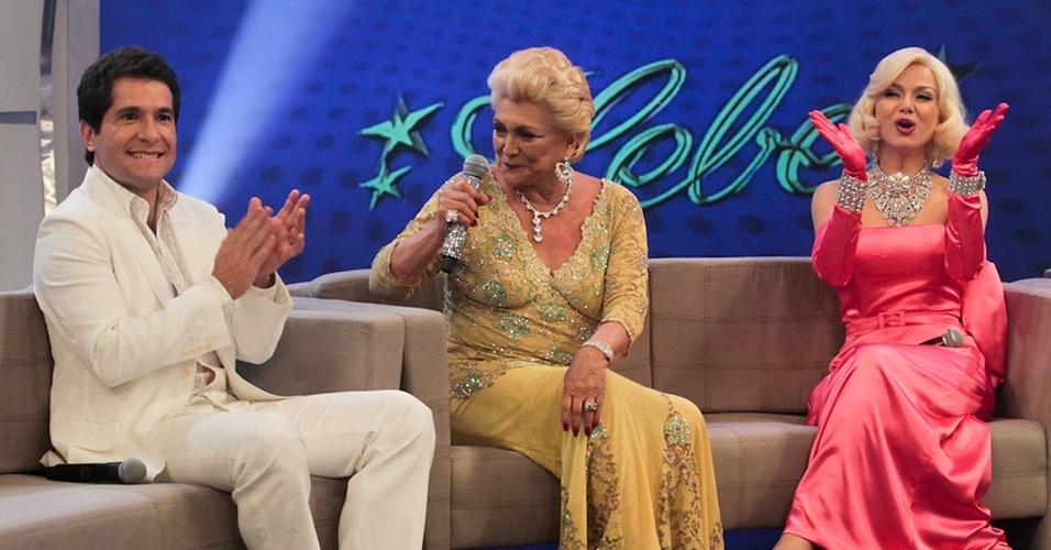 Hebe rece o cantor Daniel e a apresentadora Eliana vestida da Marilyn Monroe no especial de Natal gravado em 6/12/10