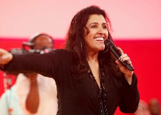 http://tv.i.uol.com.br/televisao/2011/01/03/regina-case-apresenta-o-programa-esquenta-na-globo-212011-1294073585594_560x400.jpg