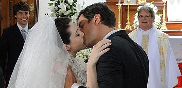 Larissa Maciel e Marcello Antony gravam cenas finais de