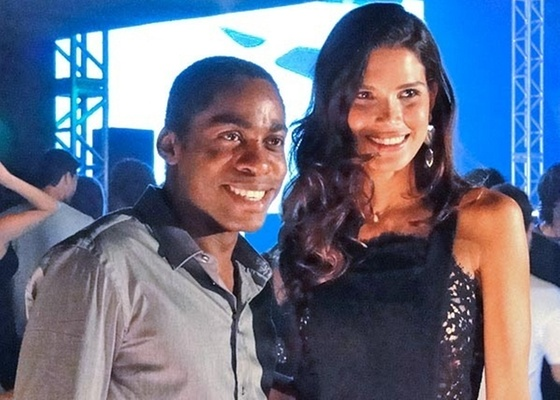 Lázaro Ramos e a top model Raica Oliveira gravam cenas de Insensato Coração (janeiro/2011)