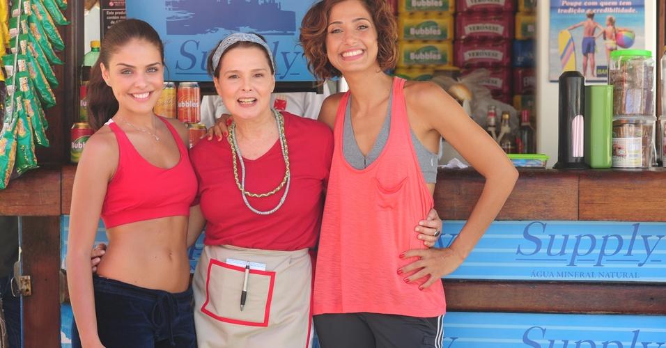 As atrizes Paloma Bernardi (à esq.), Louise Cardoso (ao centro) e Camila Pitanga (à dir.) de