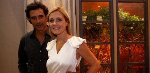 Marcos Pasquim e Adriana Esteves na coletiva de imprensa de