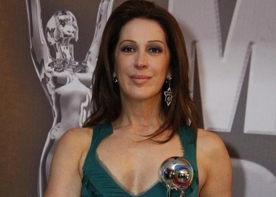 Claudia Raia recebe troféu de melhor atriz no Melhores do Ano (26/3/2011)