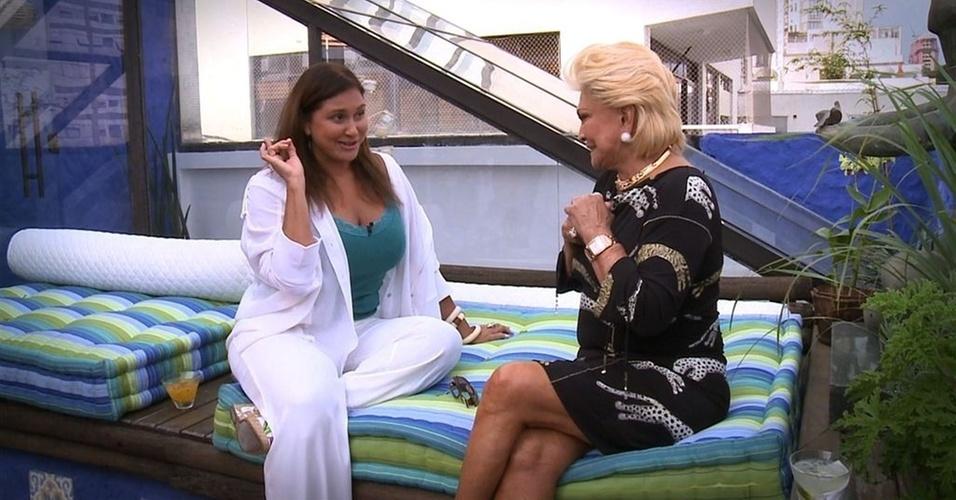 Fafá de Belém é entrevistada por Hebe em São Paulo (5/4/11)