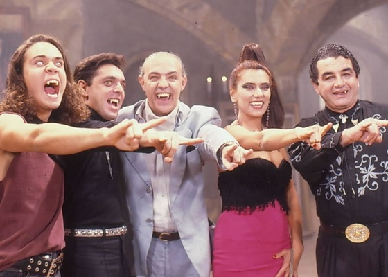 Flávio Silvino, Guilherme Leme, Ney Latorraca, Patrícia Travassos e Otávio Augusto em cena da novela Vamp