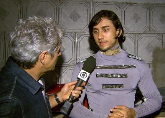 Caco Barcellos durante entrevista para o Profissão Repórter (10/5/2011)