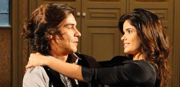 André Gonçalves e Vanessa Giácomo em cena de