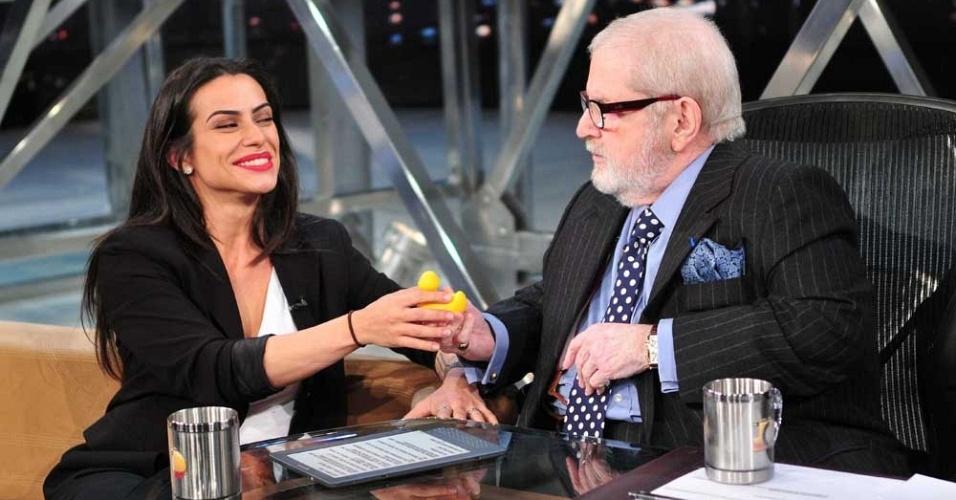 """Cleo Pires é entrevistado por Jô Soares no """"Programa do Jô"""" (13/5/11)"""