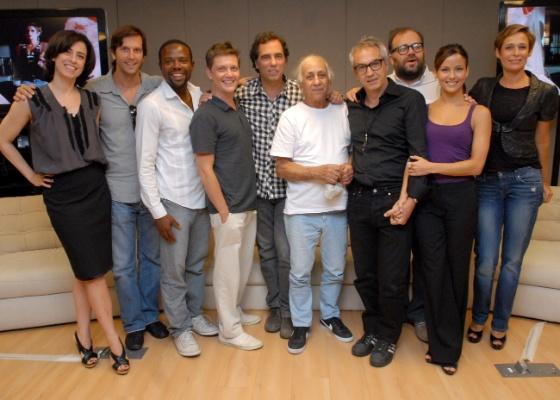 Equipe de Tapas & Beijos durante a apresentação da série (2011)