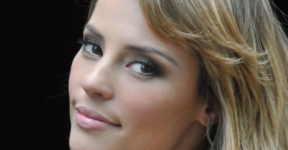Paola Oliveira analisa sua personagem na novela