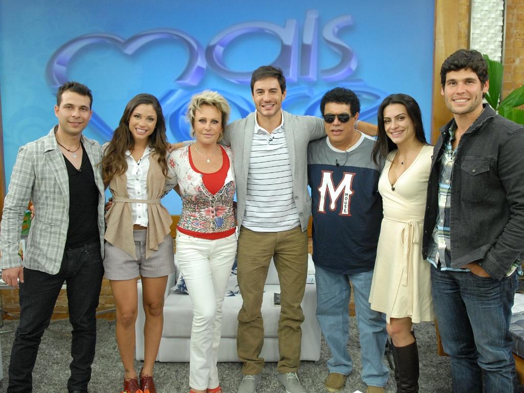 Da esquerdapara a direita, Alexander Voger, Maria Melilo, Ana Maria Braga, Ricardo Tozzi, Wando, Cleo Pires e Dudu Azevedo no