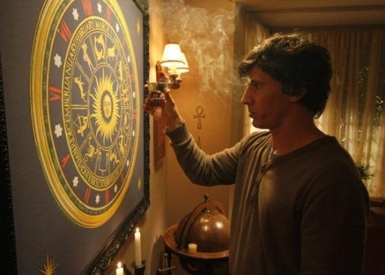 Leonardo Brício em cena do filme As 12 Estrelas