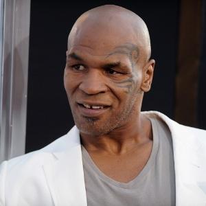 """O ex-lutador Mike Tyson na pré-estreia de """"Se Beber Não Case 2"""", em Hollywood, em 2011"""