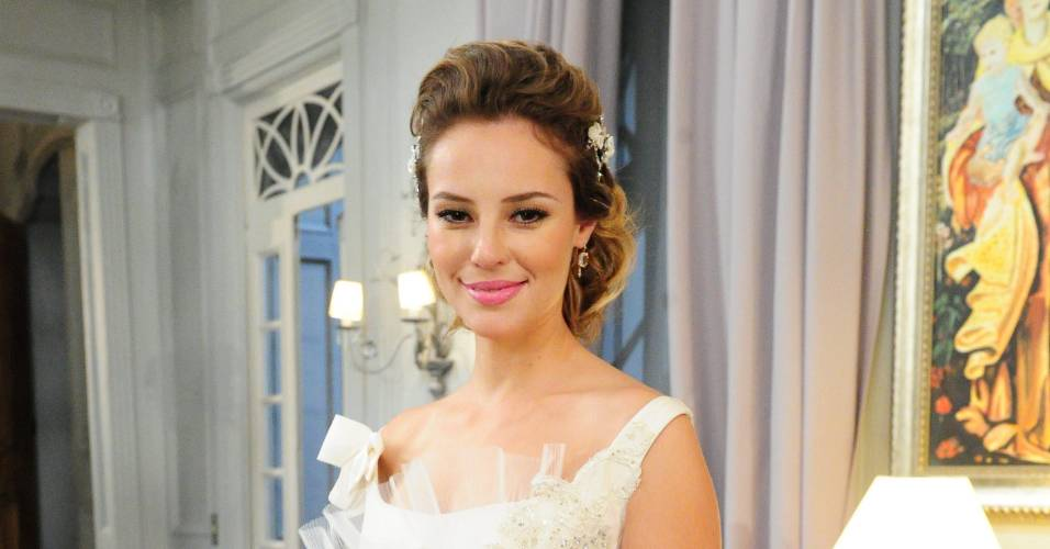 Paola Oliveira em cena de